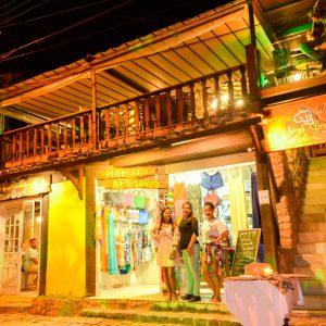 d6c7e4339 Nossa loja de moda praia está anexa a pousada